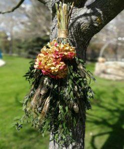 Ramo de flores preservada boca abajo